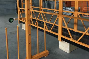 vienfāzes piekarināmā stiepļu trošu platforma 800 kg 1,8 kw, pacelšanas ātrums 8 -10 m / min